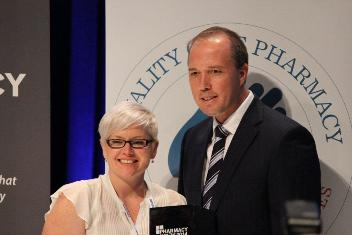 2014 Pharmacy of the Year winner and CSU graduate Ms Samantha Kourtis with Minister for Health Hon. Peter Dutton MP. Photo courtesy of the Pharmacy Guild of Australia.
