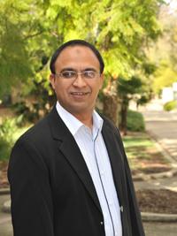Dr Tanveer Zia