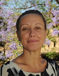 Dr Faye McMilan