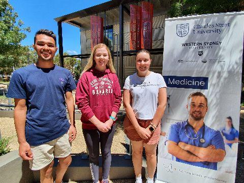 Medicine students Patrick Lay, Megan Walton and Lucinda Ball.
